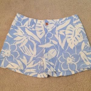 Vineyard Vines blue and white cotton shorts